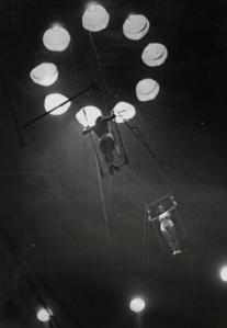 Cirque Medrano, 1932