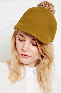 Ophélie Hats - casquette de baseball en feutre avec pompom - 53 euros